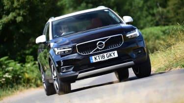 Volvo XC40 T3 - front