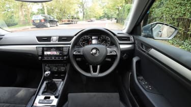 Skoda Superb - dash
