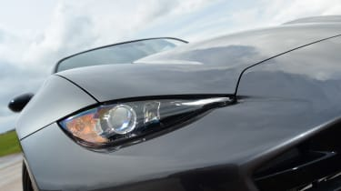 Mazda MX-5 BBR GTi Turbo - front light