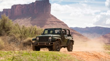 Jeep Wrangler 75th Anniversary - front panning