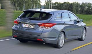 Hyundai i40 estate rear