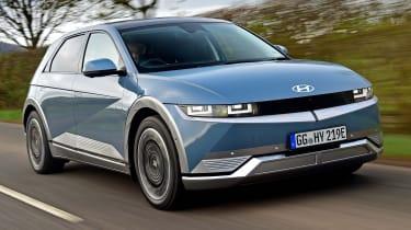 Hyundai Ioniq 5 - front O/S tracking