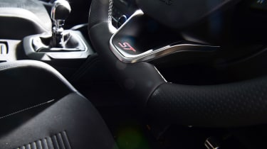 Ford Focus ST Estate - steering wheel detail
