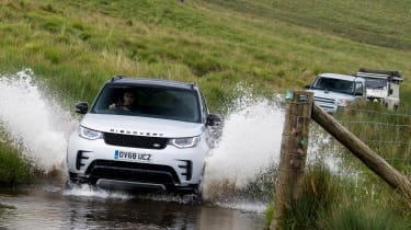 Green Laning  - Land Rover Discovery through water