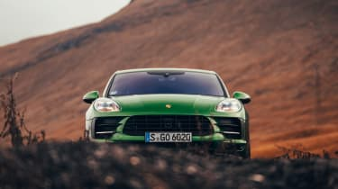 Porsche Macan - full front static