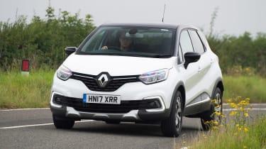 Renault Captur Mk1  - front action