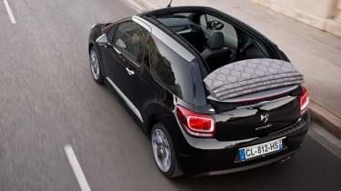 Citroen DS3 Cabrio rear tracking