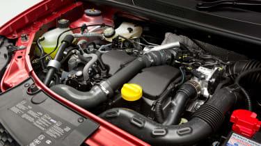 Used Dacia Sandero - engine
