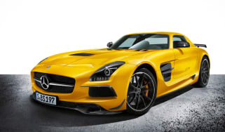 Mercedes SLS AMG Black Series front tracking