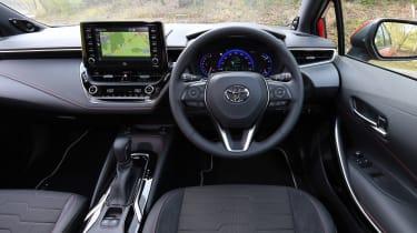 Toyota Corolla Touring Sports - dash