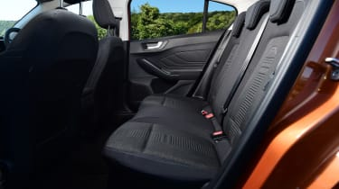 Ford Focus Active - rear seats