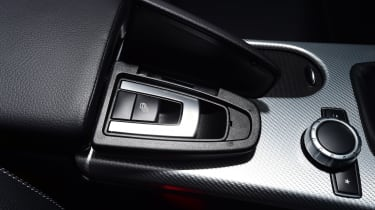 Mercedes SLC 180 - centre console