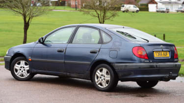 Used Toyota Avensis static rear