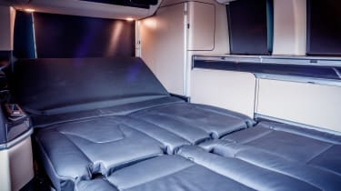 Mercedes V-Class Marco Polo - bed