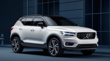Volvo XC40 - Crystal White front