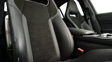 Alfa Romeo Giulia Quadrifoglio - seats
