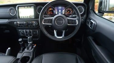 Jeep Wrangler - dash
