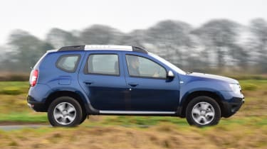 Dacia Duster automatic 2017 - side tracking