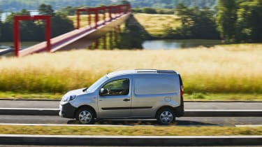 Renault Kangoo Z.E. - side action