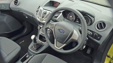Ford Fiesta 1.6 TDCi ECOnetic interior