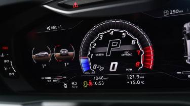 Lamborghini Urus - speedo