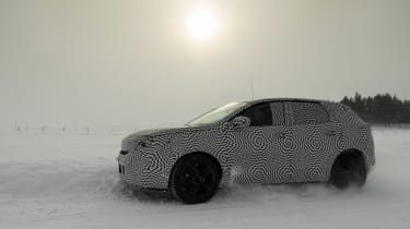 Peugeot 3008 Advanced Grip Control test sun