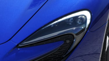 The 650S get LED lights that follow the curviture of the headlight shape.