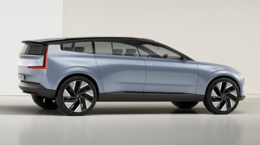 Volvo Concept Recharge - side