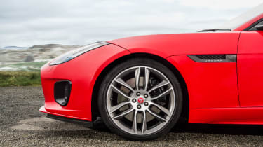 Jaguar F-Type 2.0 T ;wheel