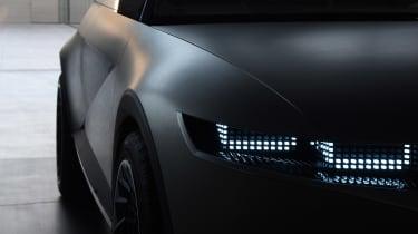 Hyundai 45 Concept - side profile