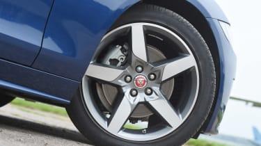 Ultimate tyre test - rear wet