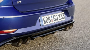 Volkswagen Golf R Performance Pack exhausts