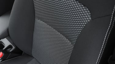 Suzuki Vitara - seat detail