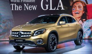 Mercedes GLA - show front