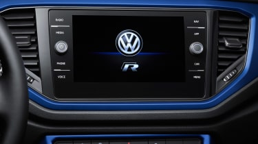Volkswagen T-Roc R - infotainment studio