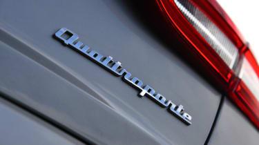 Maserati Quattroporte 2014 badge