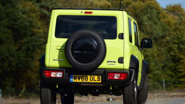 Suzuki Jimny - rear cornering
