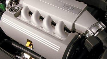 Volvo S80 V8 engine