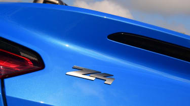 BMW Z4 M40i - Z4 badge