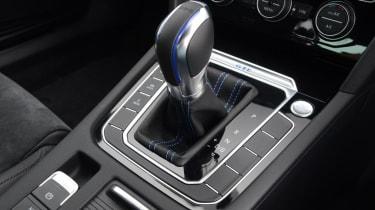 Volkswagen Passat GTE - transmission