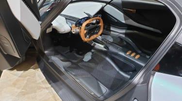 Aston Martin 003 concept - Geneva dash