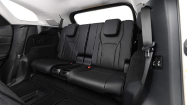 Lexus RX 450h L - back seats