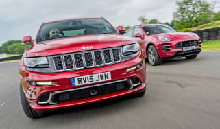 Jeep Grand Cherokee SRT vs Porsche Macan Turbo