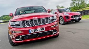 Jeep Grand Cherokee SRT vs Porsche Macan Turbo