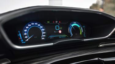 Peugeot 508 HYbrid prototype - dials