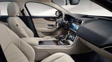 Jaguar XE - studio interior