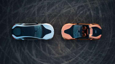 BMW i8 and i8 Roadster - overhead