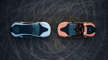 BMW i8 and i8 Roadster - overhead
