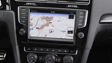 Volkswagen Golf GTI Clubsport - sat-nav
