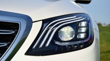 Mercedes S 560 e - front light